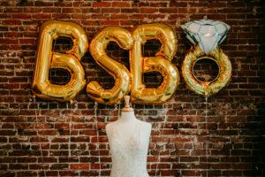 blue sky bridal balloons